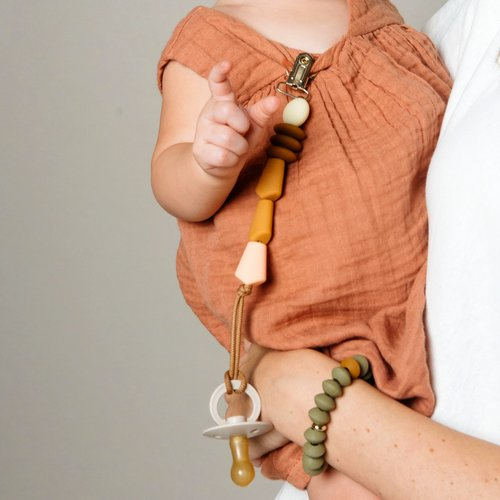 Honey Pacifier Clip Color Story