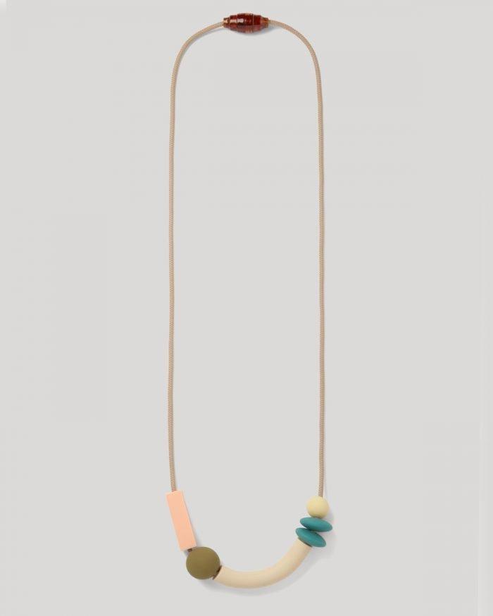 Necklace Balance Dewdrop OnGray