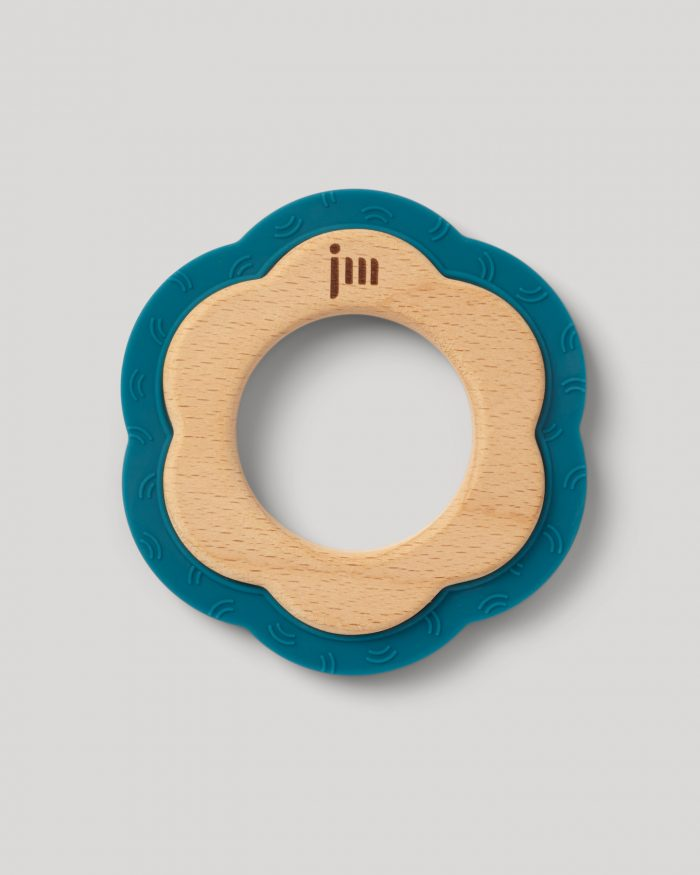ocean wood and silicone teether 1